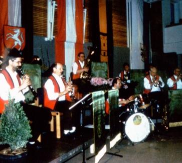 Machland Musikanten beim Blasmusikspektakel mit den Mostviertler Birnbeitlern in Arbing 1998